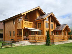 Дома из клееного бруса: на что обратить внимание при строительстве