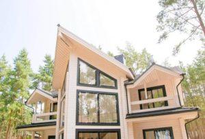 Ряд преимуществ одноэтажных домов из клееного бруса