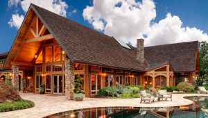 Надежная защита деревянного дома